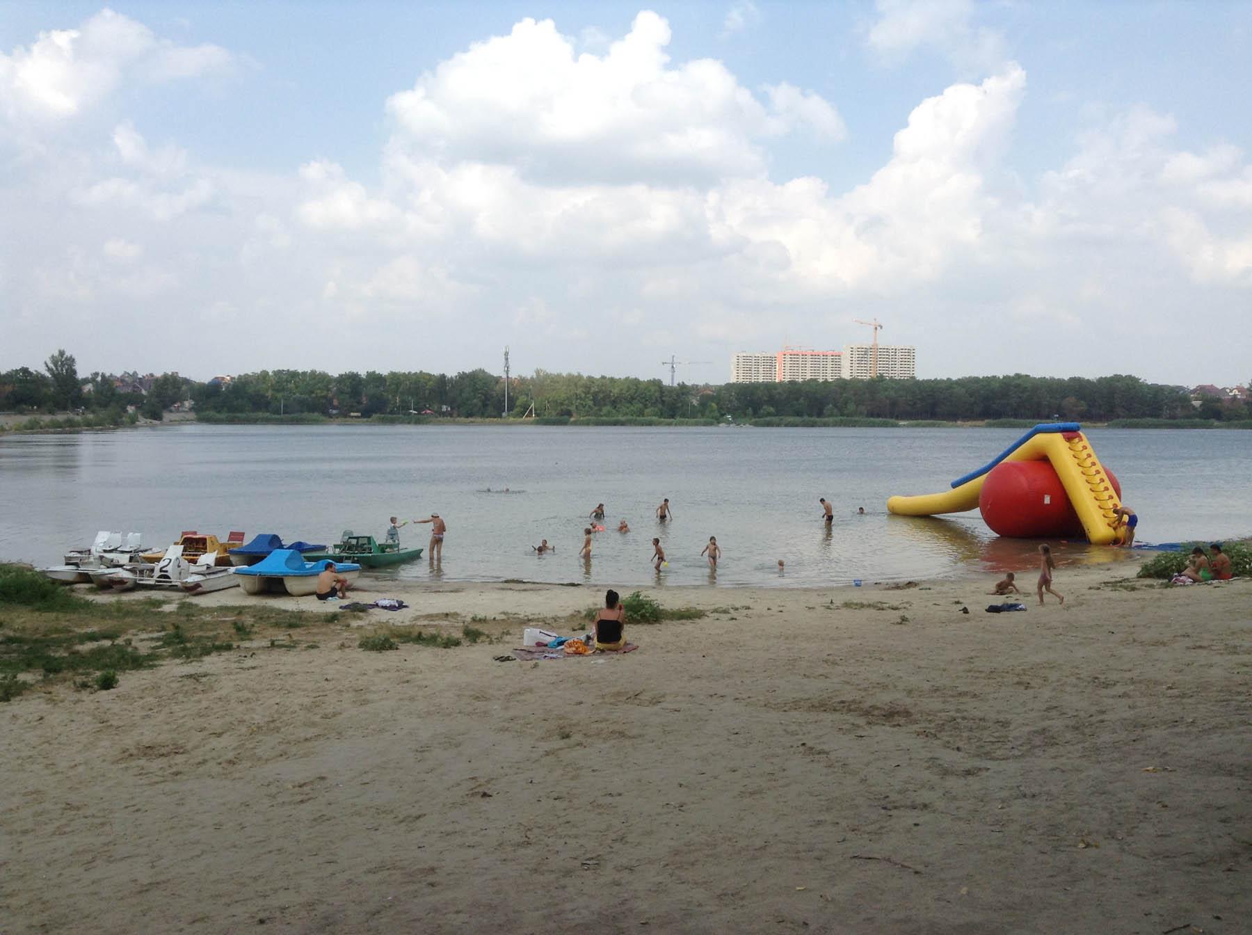 Пляж ростовское море 85